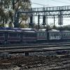 Wykolejenie w Pruszczu Gd<br />ańskim :: 20 października 2012 - Wy<br />kolejony EN57-1380 i SM42<br />-866 z pociągiem ratunkow<br />ym, niestety słońce i